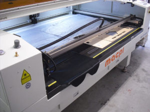 Termosaldatura taglio laser adesivatura 2